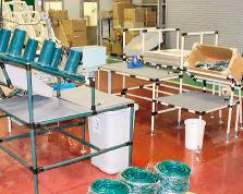工程内生産現場 作業台